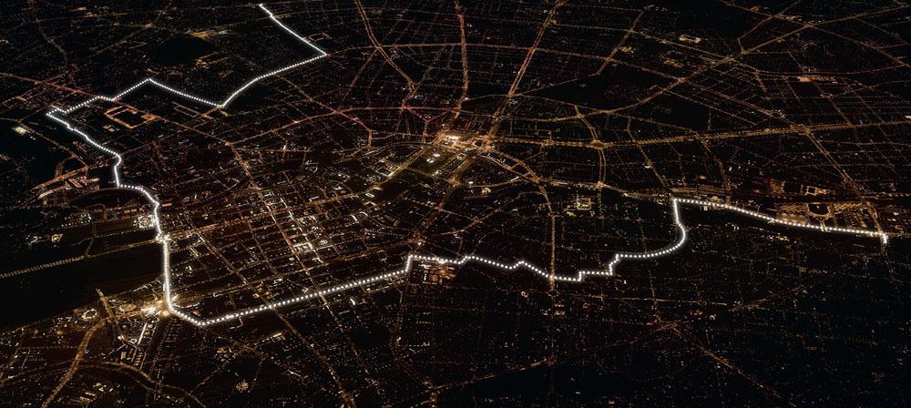 H r terskapas berlinmuren med 8000 lysande ballonger - Office du tourisme de berlin ...